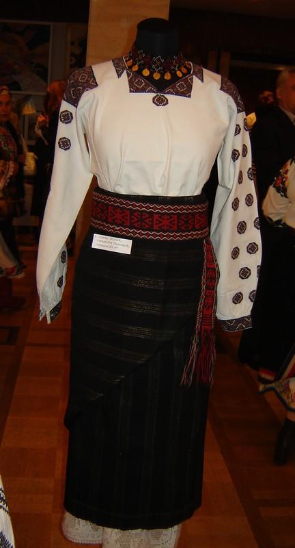 Колекція народного одягу буковини